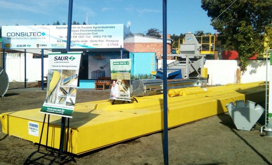 Nova linha de Plataformas SAUR é destaque em feira no Paraguai
