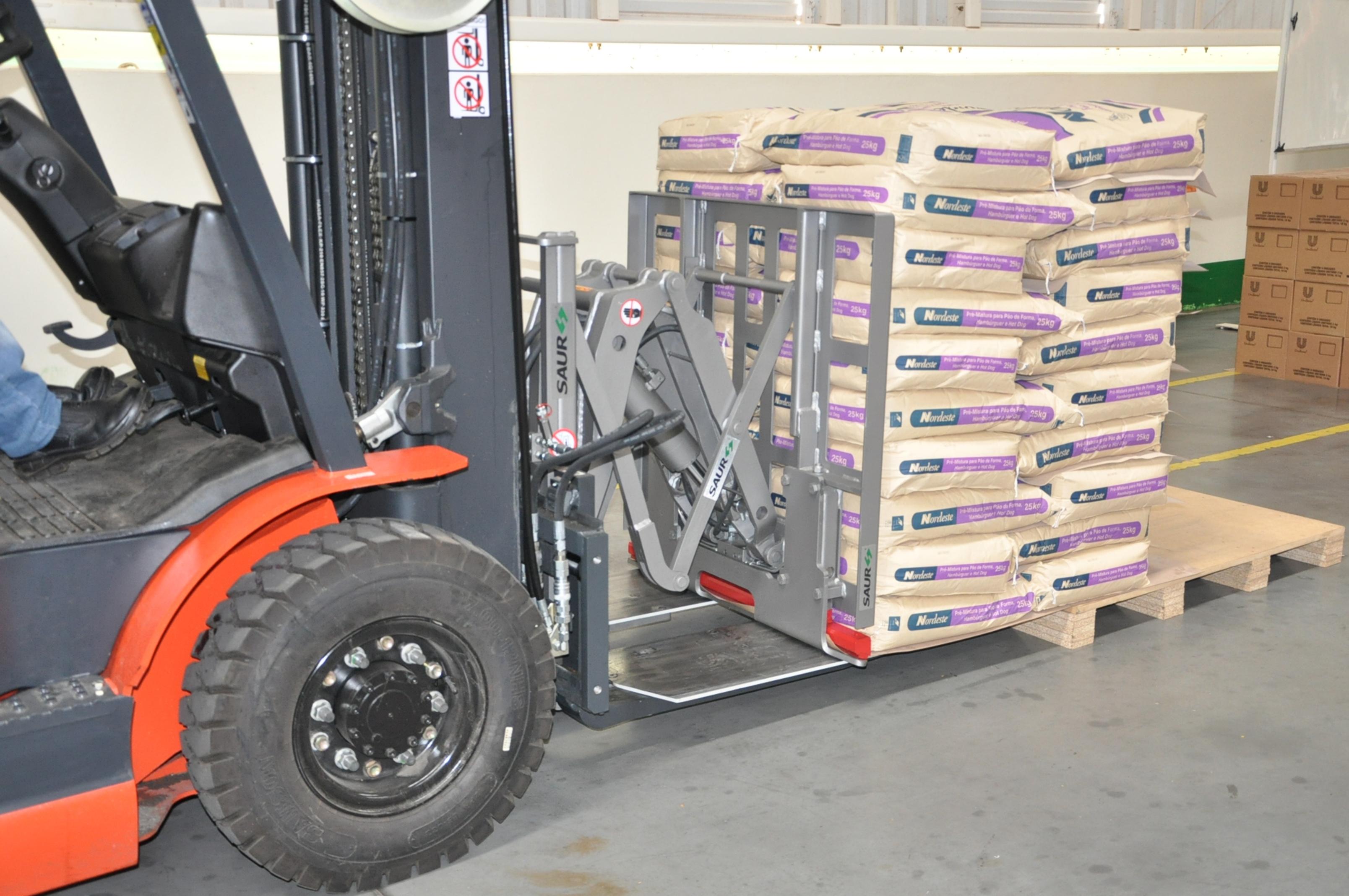 SAUR na Expoagas: soluções para movimentar cargas  no setor supermercadista