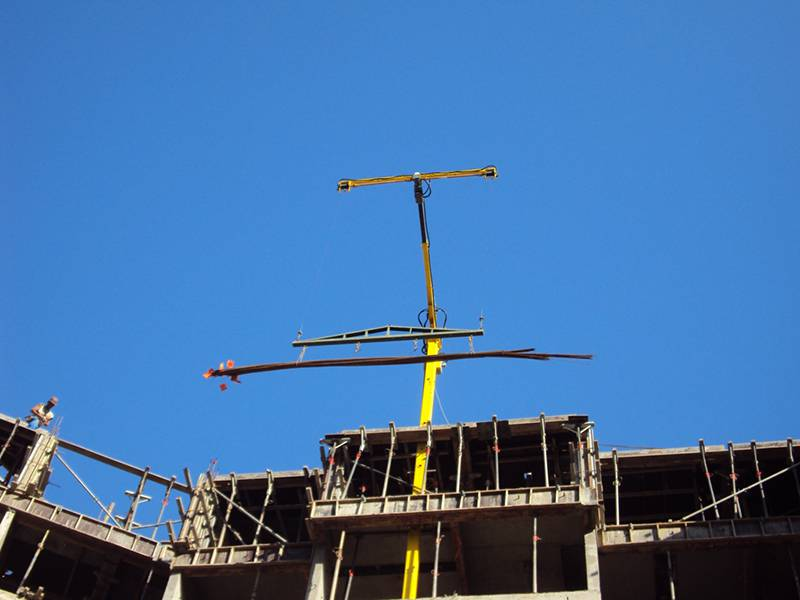 Dispositivo Elevatório para Construção Civil