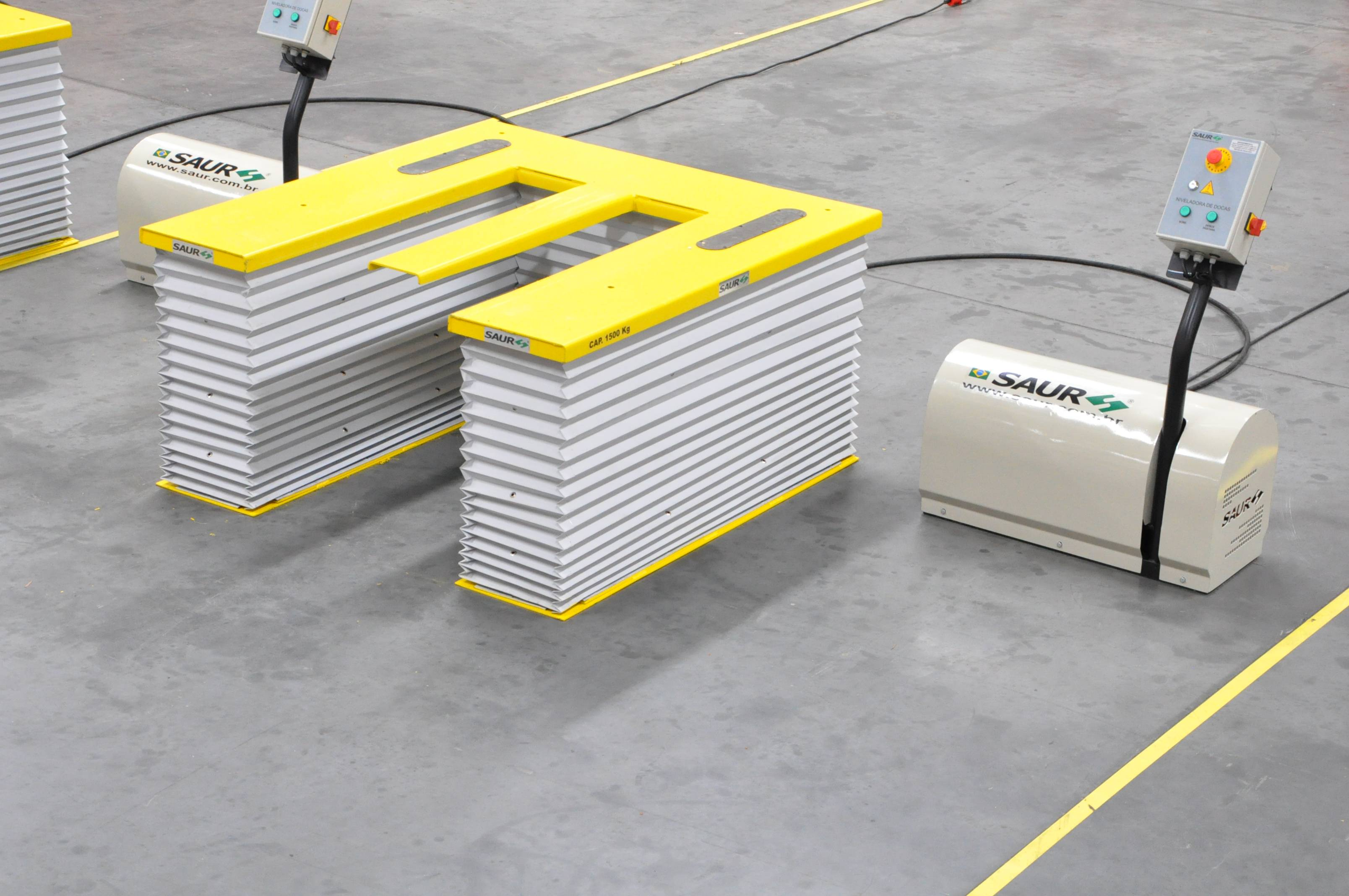 Plataforma Elevadora Extra Baixa