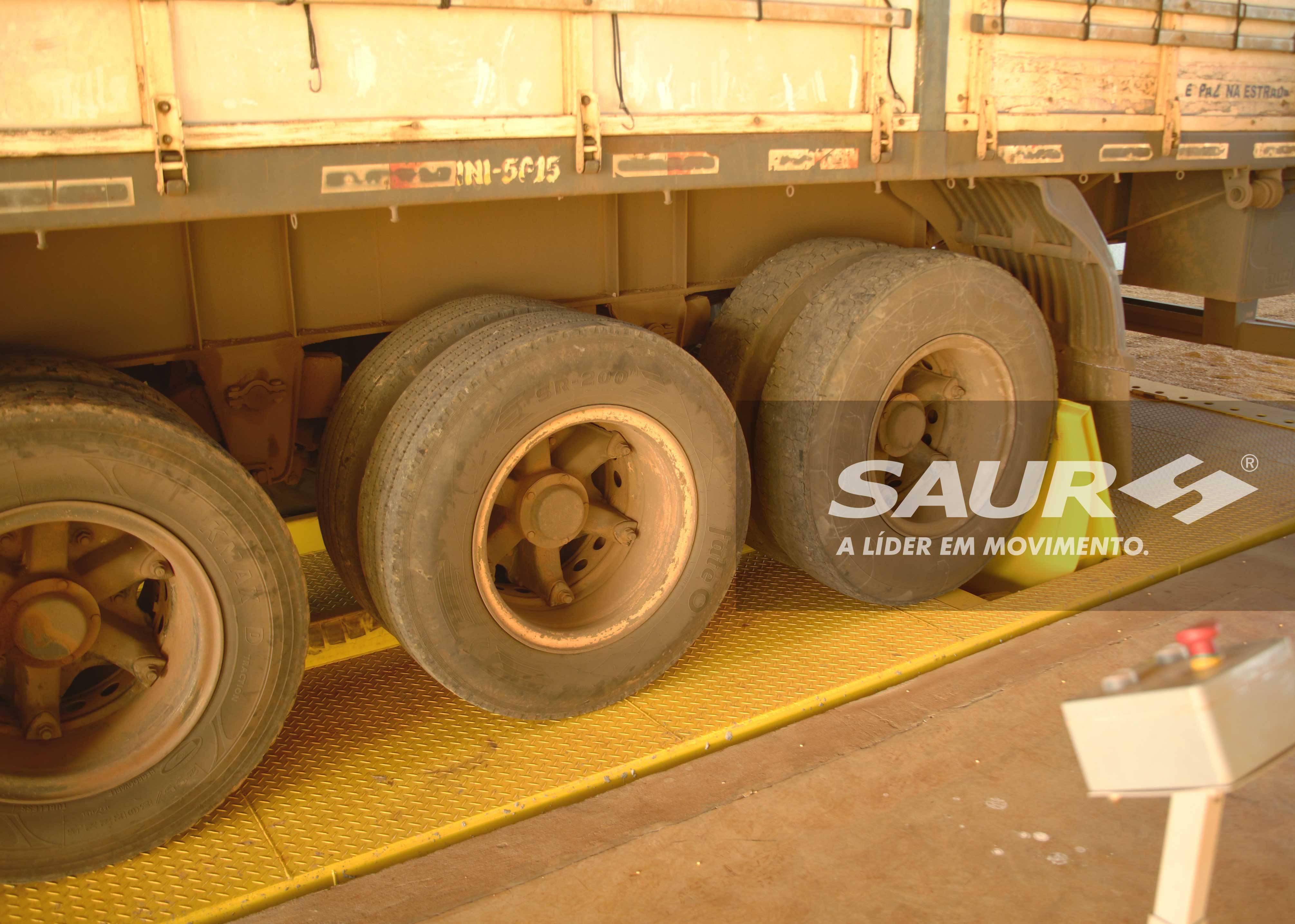 Truck Dumper 18 meters
