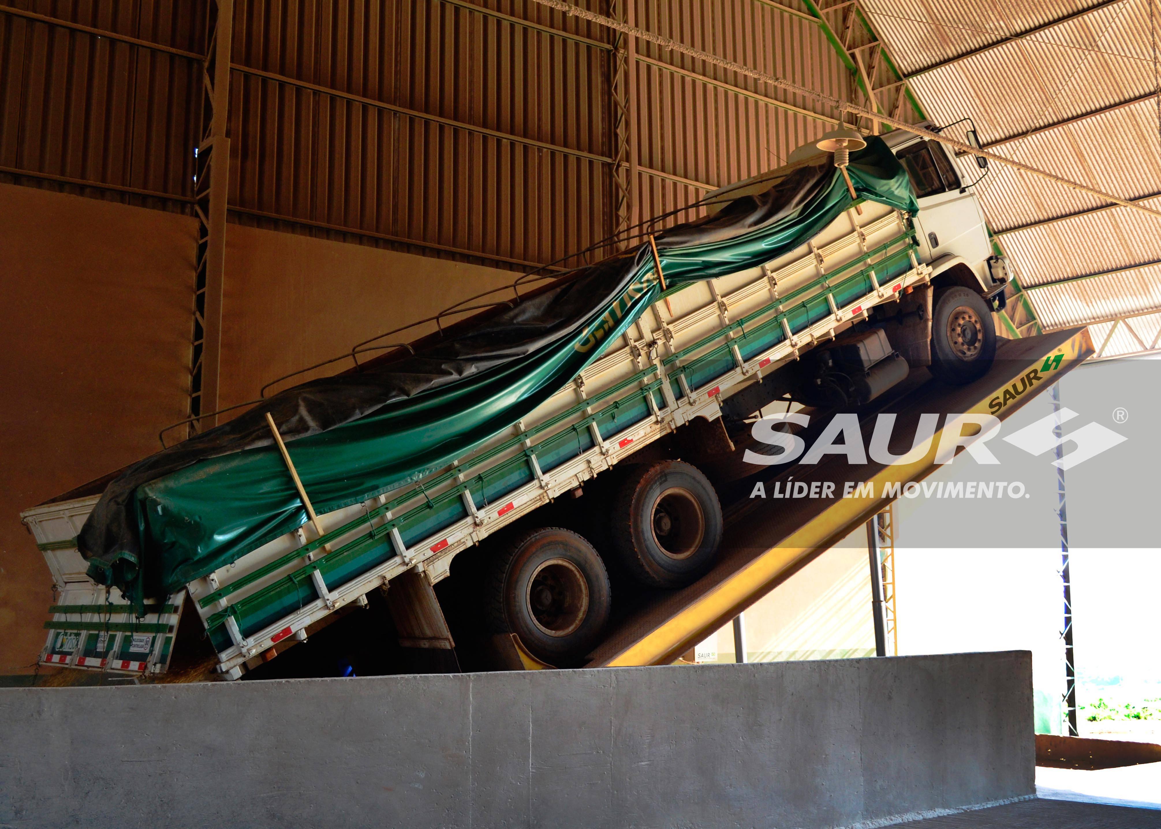 Plataforma de Descarga Traseira 12 metros
